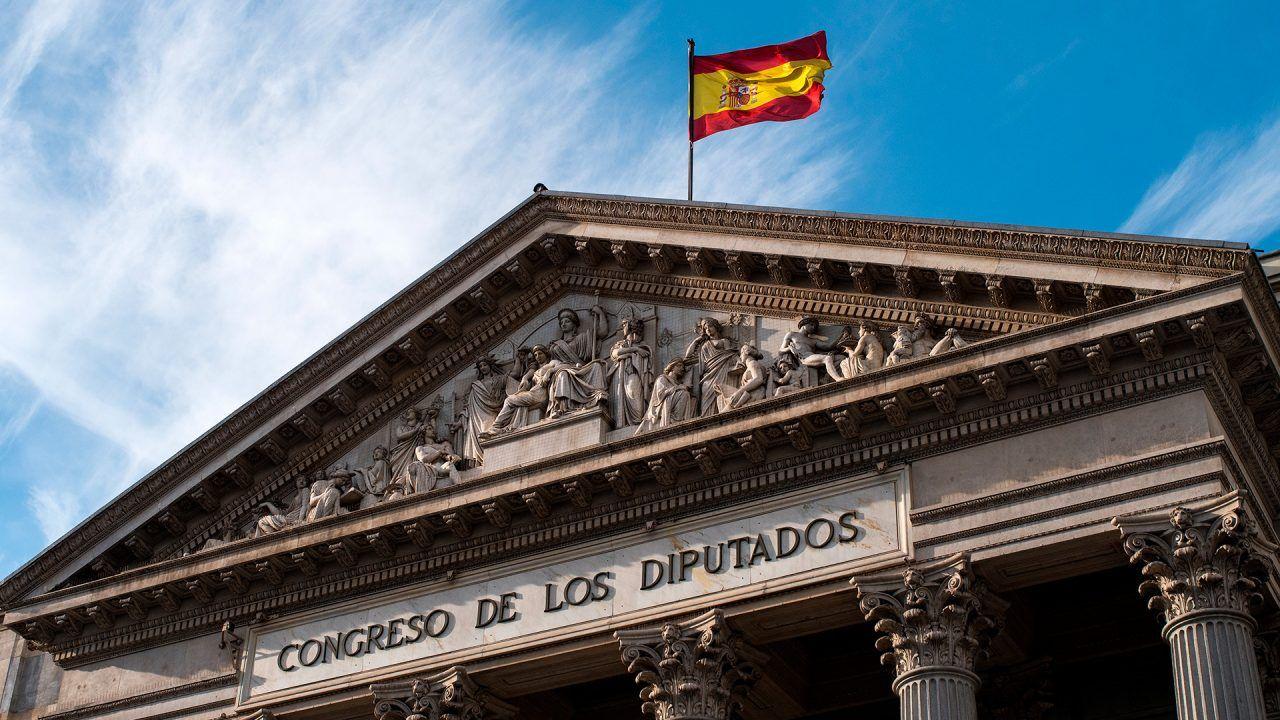 https://blog.ruralvia.com/wp-content/uploads/2018/12/constitucion-espanola-1280x720.jpg