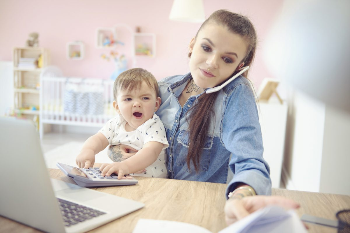 ¿Eres autónoma y has sido madre? Conoce las nuevas bonificaciones por maternidad