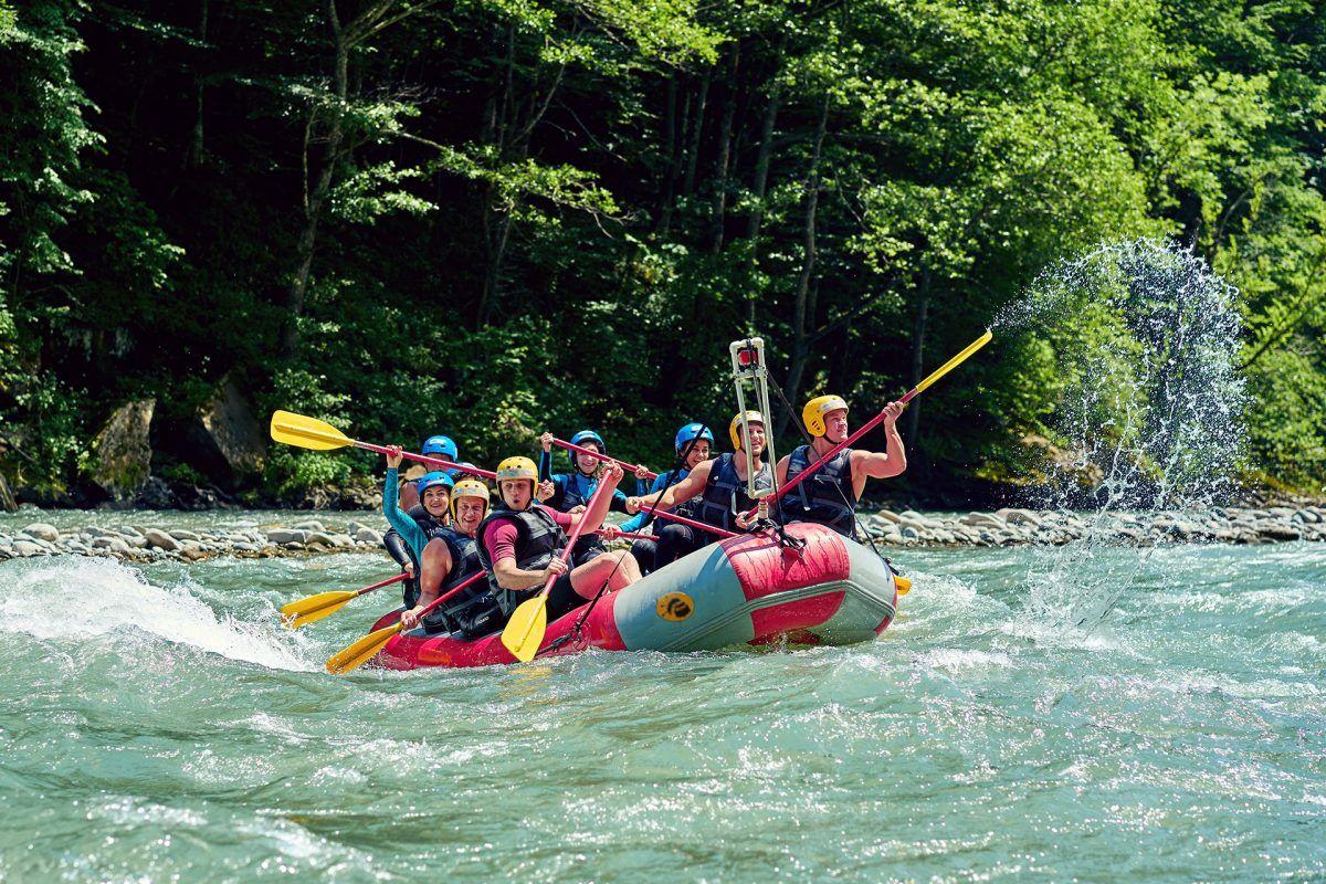 ¿Eres amante del deporte de aventura en verano? Siempre con seguridad