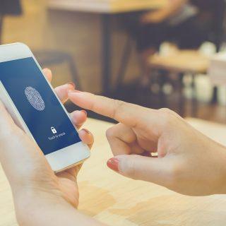 Los sistemas biométricos, herramientas para mejorar la seguridad del cliente de banca