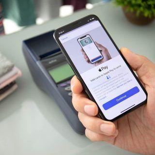 ¿Quieres pagar con Apple Pay? Te explicamos cómo hacerlo