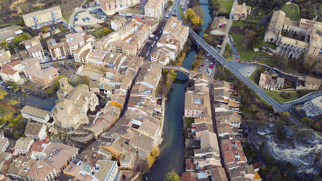 https://blog.ruralvia.com/wp-content/uploads/2021/02/Pueblos-medievales-1280x720.jpg