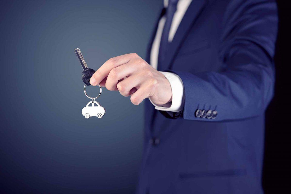 ¿Cómo renuevan las empresas sus vehículos o equipos? A través del renting o leasing