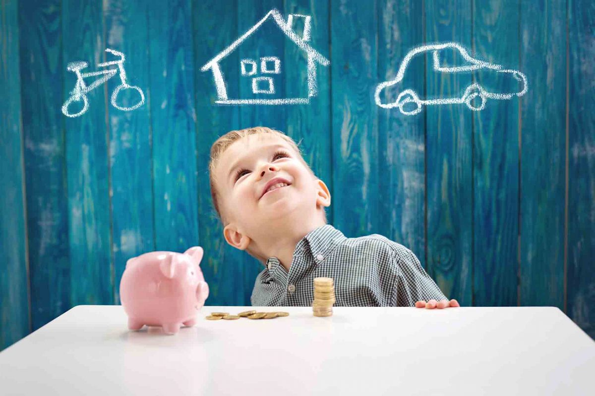 Los niños también ahorran en vacaciones: enséñales buenos hábitos de ahorro