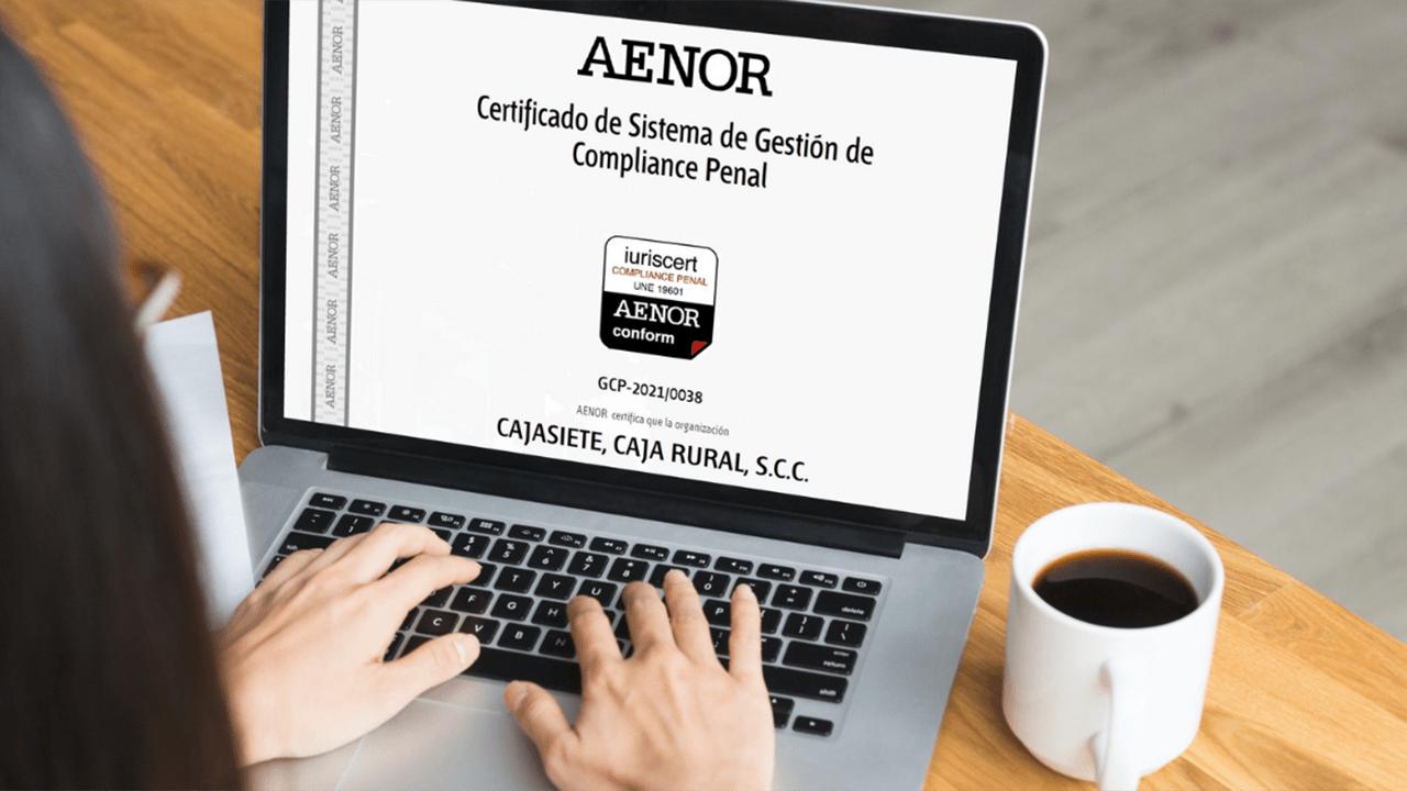 https://blog.ruralvia.com/wp-content/uploads/2021/08/certificado-aenor-cajasiete-1200x720.png