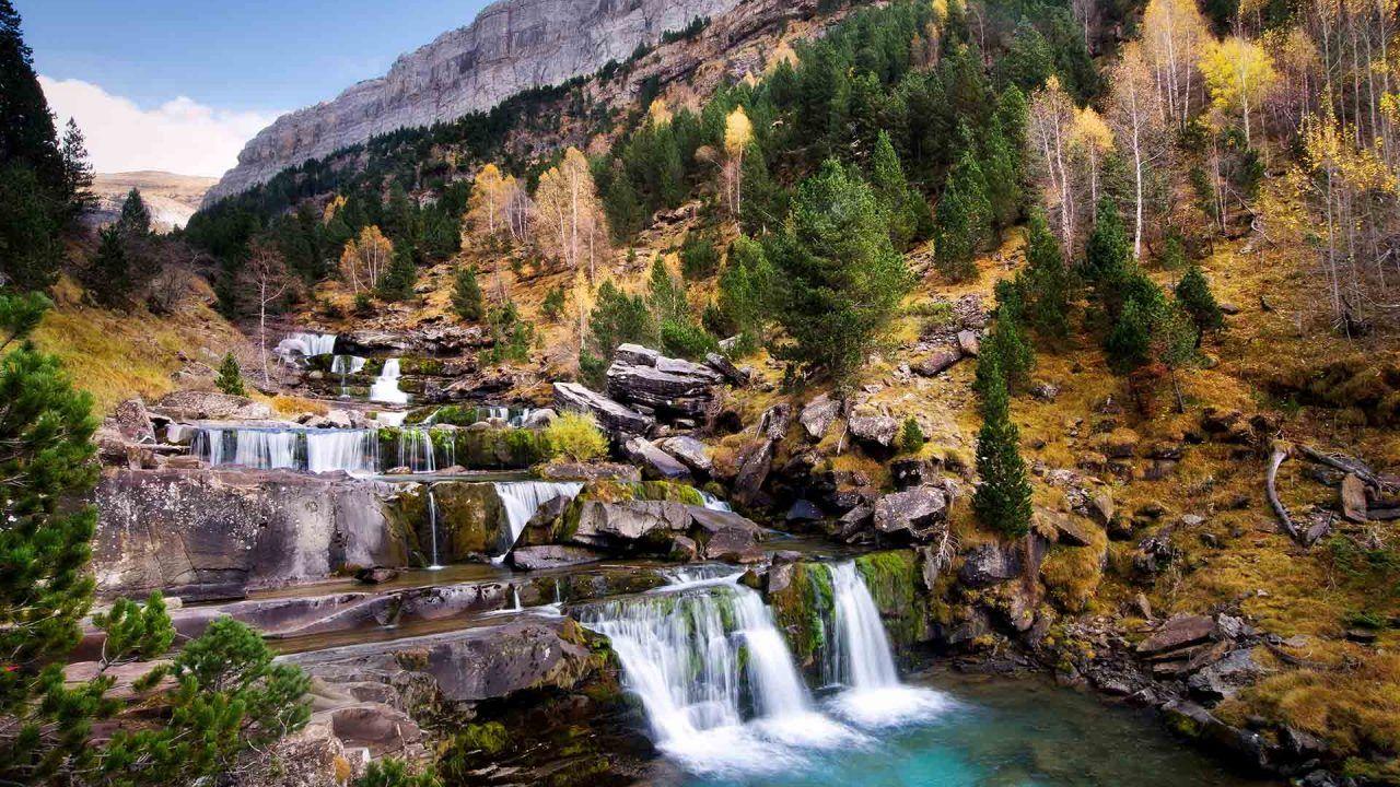 https://blog.ruralvia.com/wp-content/uploads/2021/09/Parques-naturales-1280x720.jpg