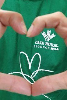 camiseta dia verde Banco Cooperativo Español muestra su faceta más sostenible uniéndose al Día Solidario del Grupo Caja Rural